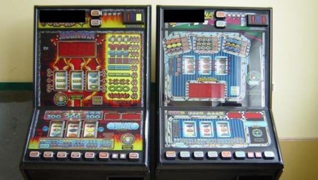 Młodzieńczy Rozwalił automaty do gier, miał amunicje i środki odurzające GC18